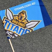 Titans-hand-flag