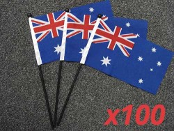 australian-hand-flags-100