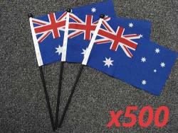 australian-hand-flags-500